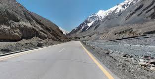 L'autoroute du Karakoram (Pakistan et Chine)